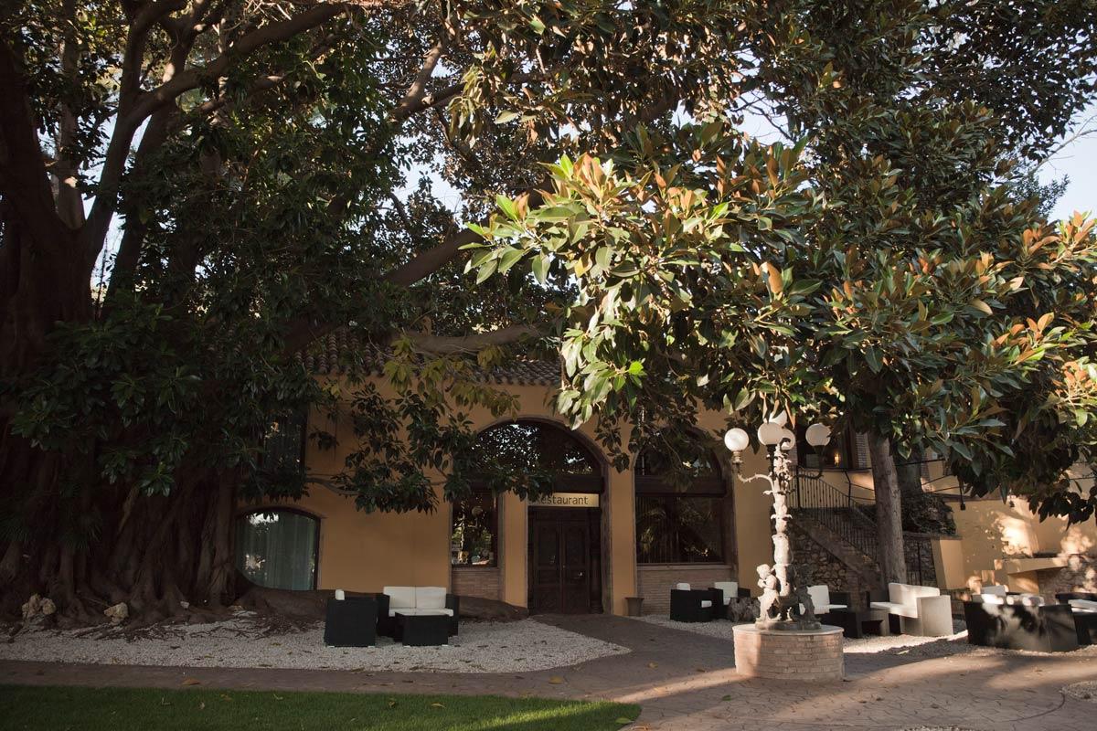 Restaurante-Villa-Retiro-cocina-de-temporada-chef-Fran-Lopez-exterior